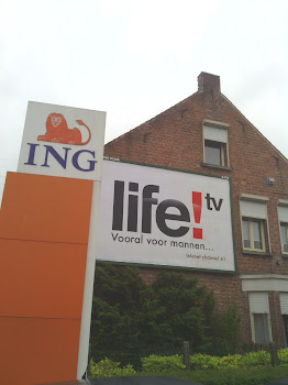 Life!tv billboard in de straten