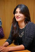 Shruti Haasan Glam pics-thumbnail-34