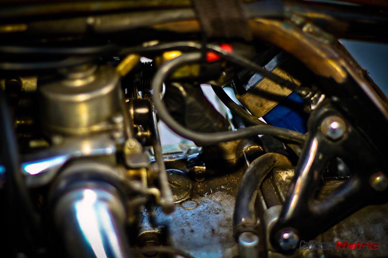 el guapo | dirty gold wing engine detail | mondo lulu photo