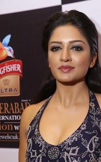 Actress Vimala Raman  Pictures at Kingfisher Ultra Hyderabad International Fashion Week 2014 Ramp walk  9.jpg