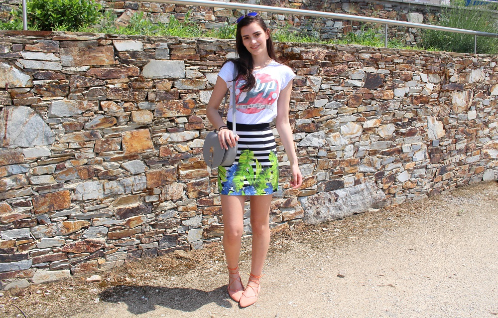 peexo fashion blogger summer outfit hair and makeup