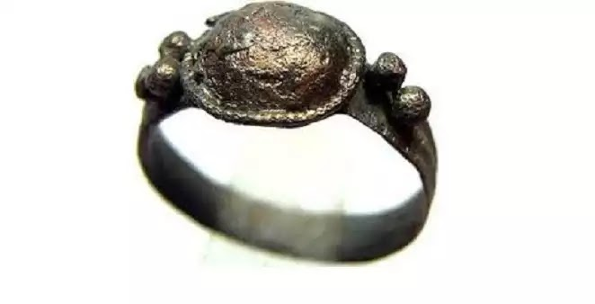 Δαχτυλίδι του Γύγη - Μύθος του Ηρός - Αλληγορία του σπηλαίου