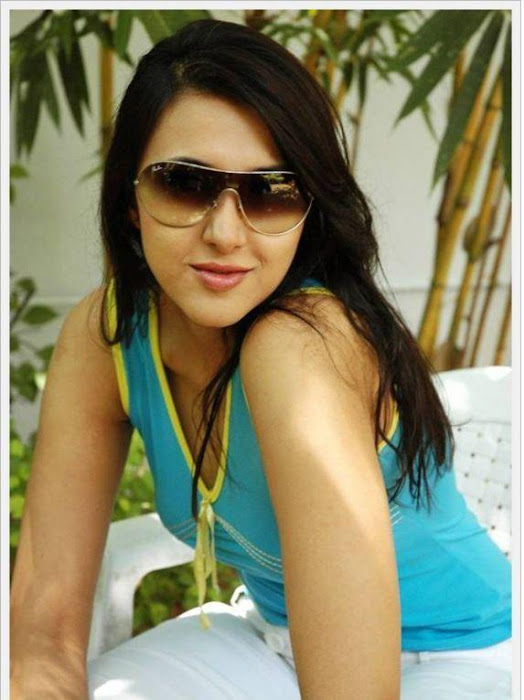 sakshi sivanand, sakshi sivanand stylish hot photoshoot