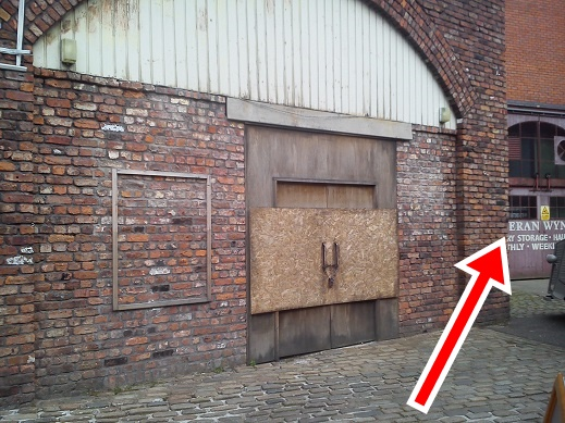 Coronation street blog kev webster 39 s new garage on for Garage st prouant