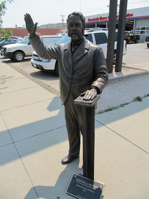 Chester A. Arthur statue, estatuas de Rapid city, estatua de Chester A. Arthur