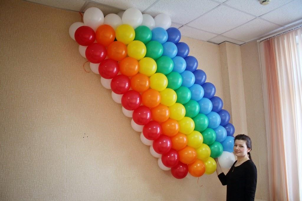 панно радуга их воздушных шаров