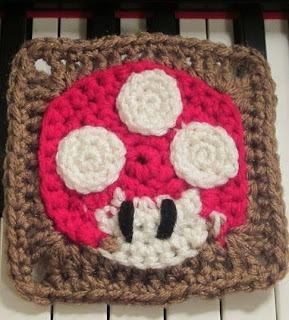 http://translate.googleusercontent.com/translate_c?depth=1&hl=es&rurl=translate.google.es&sl=en&tl=es&u=http://craftyghoul.com/2014/02/01/mushroom-square-free-crochet-pattern/&usg=ALkJrhiKAc4Sak-gN7cZ7lZuY3Wdw25M_Q