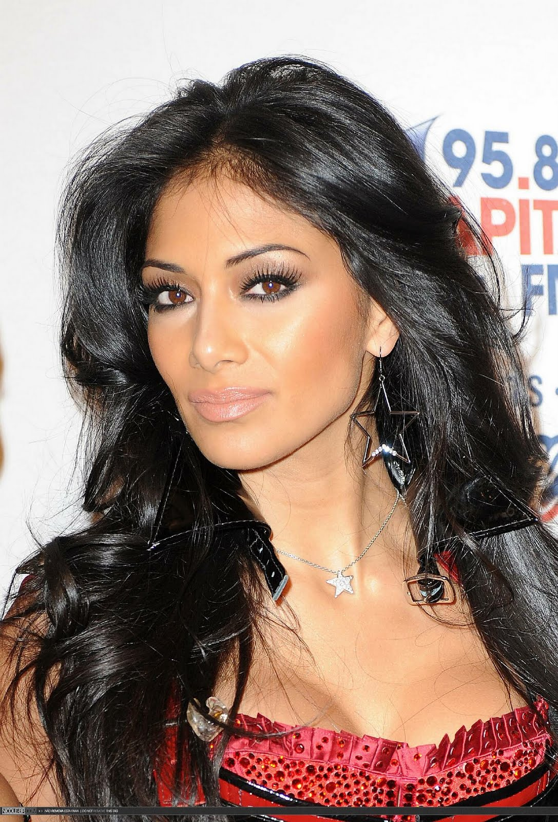 Nicole Scherzinger Fashionable Hairstyles Photos 04