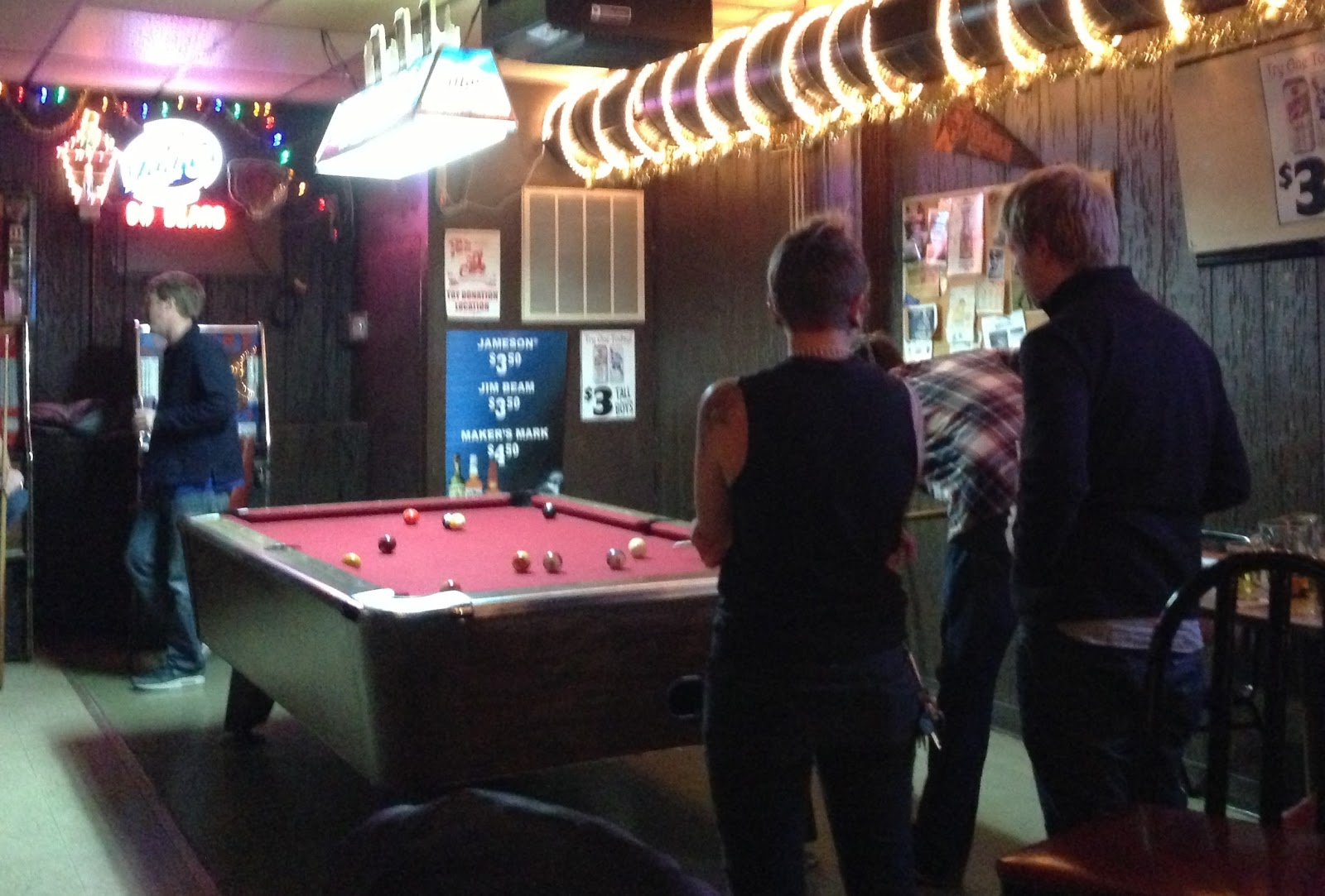 The Happy Hour Tour JM Tap - Old school pool table