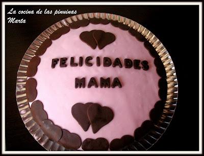 La cocina de las pinuinas tarta para mam con la for Haciendo el amor en la cocina
