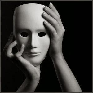 http://4.bp.blogspot.com/-xqk0PmlcocU/UqSgEZU8EwI/AAAAAAAAcUE/NtZvPjpLGDc/s320/mask-792206.jpg