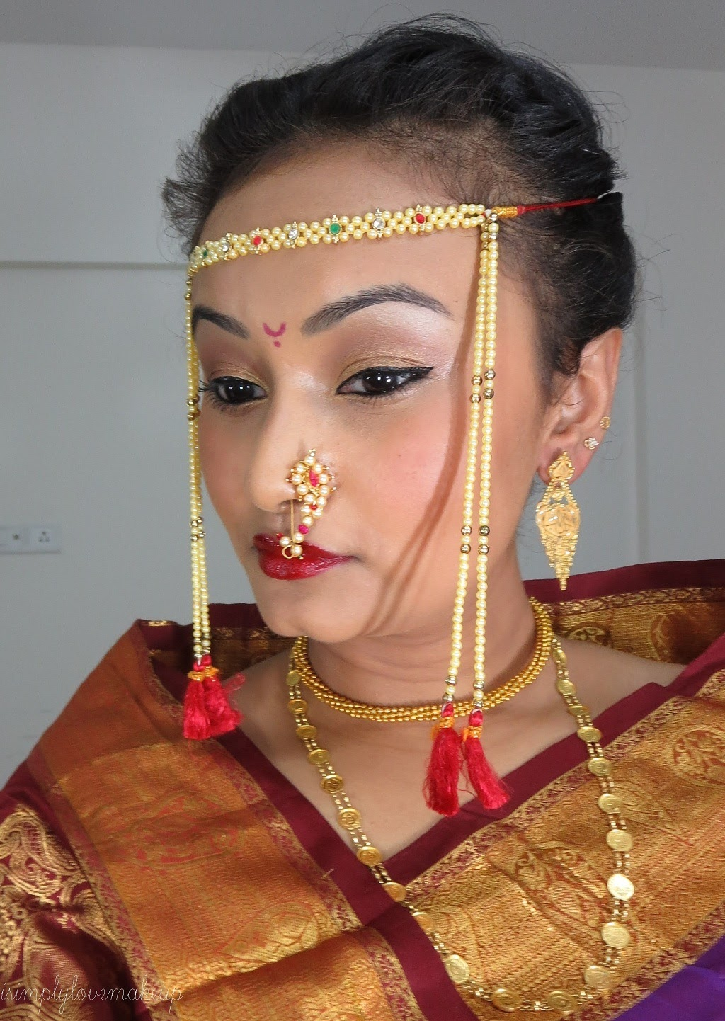 Bridal beauty tutorial for a bridal eye makeup that goes with lotd tutorial indian bridal eye makeup baditri Images