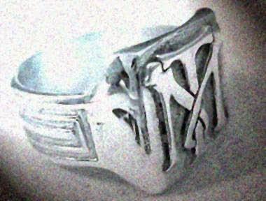 anillo Toni Montana