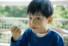 Chế độ ăn giúp trẻ thông minh