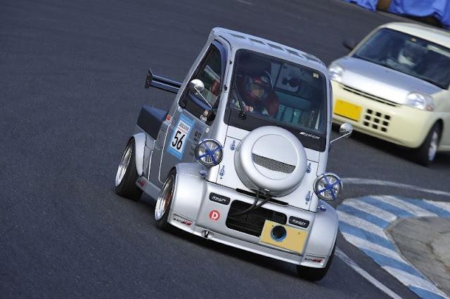 Daihatsu Midget II, szalony tuning, wyścigi, fajne samochody, ciekawy design samochodów, motoryzacja
