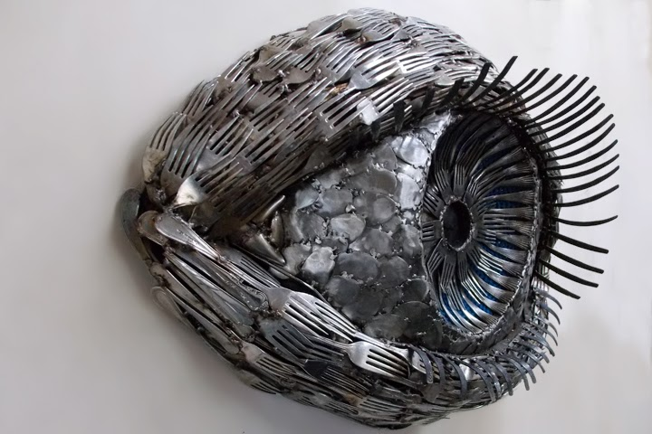 02-Gary-Hovey-Recycled-Cutlery-Sculptures-Knifes-Forks-and-Spoons-www-designstack-co