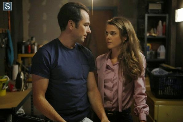 The Americans – 2.06 – Behind the Red Door – Review : Spy Lessons