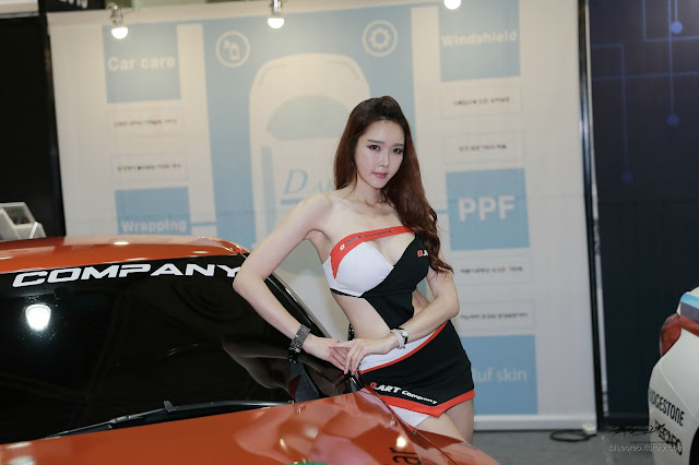1 Yu Ri An - Seoul Auto Salon - very cute asian girl-girlcute4u.blogspot.com