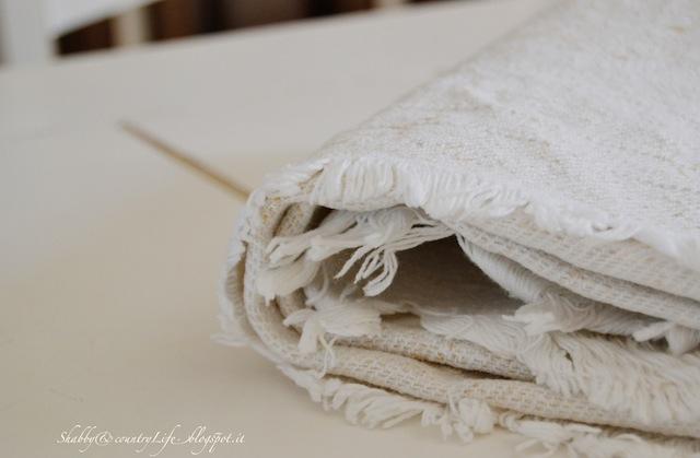 Tessuti del vecchio telaio- shabby&countrylife.blogspot.it