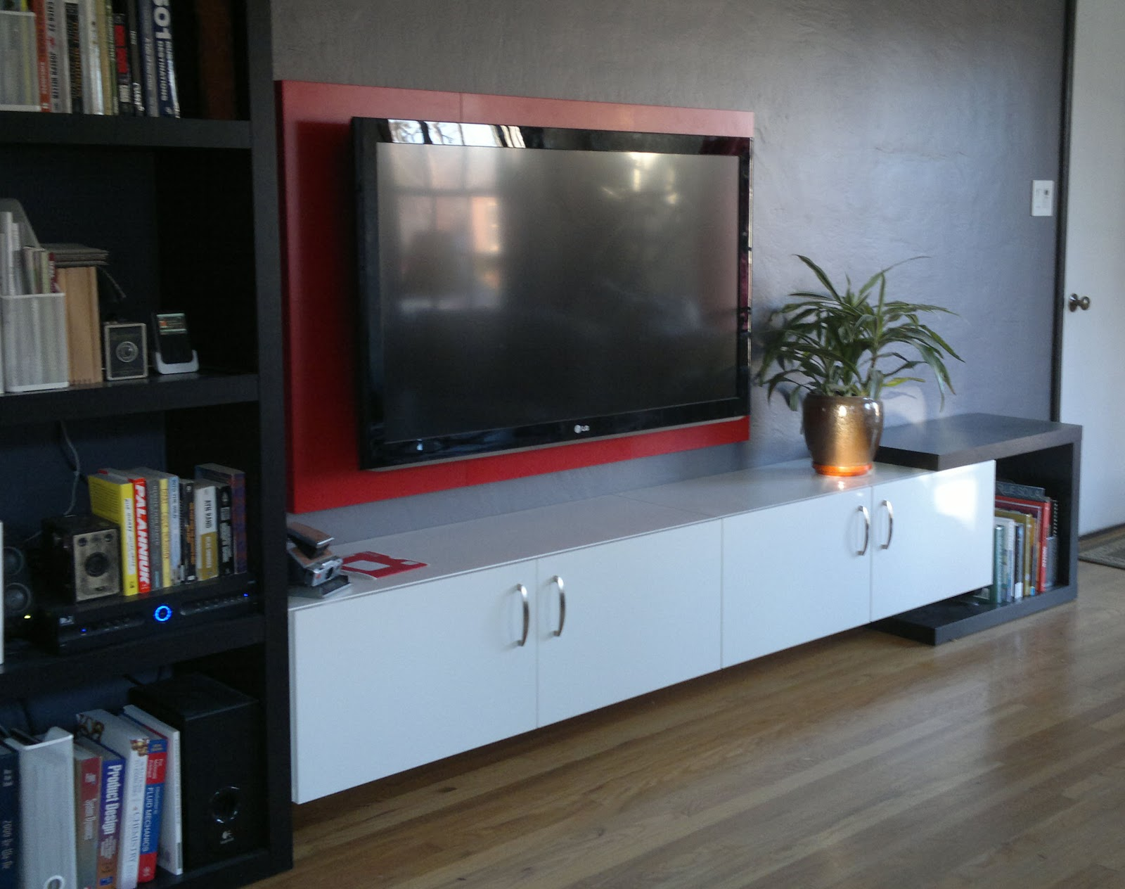 my stupid house framing your hdtv. Black Bedroom Furniture Sets. Home Design Ideas