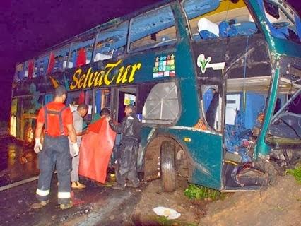 http://www.jacksongravacoes.com/2014/01/musica-show-onibus-da-banda-raca-negra-sofre-grave-acidente-20012014.html