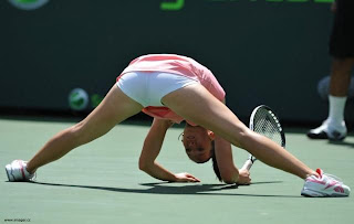 funny picture split of tennis player Jelena Jankovic