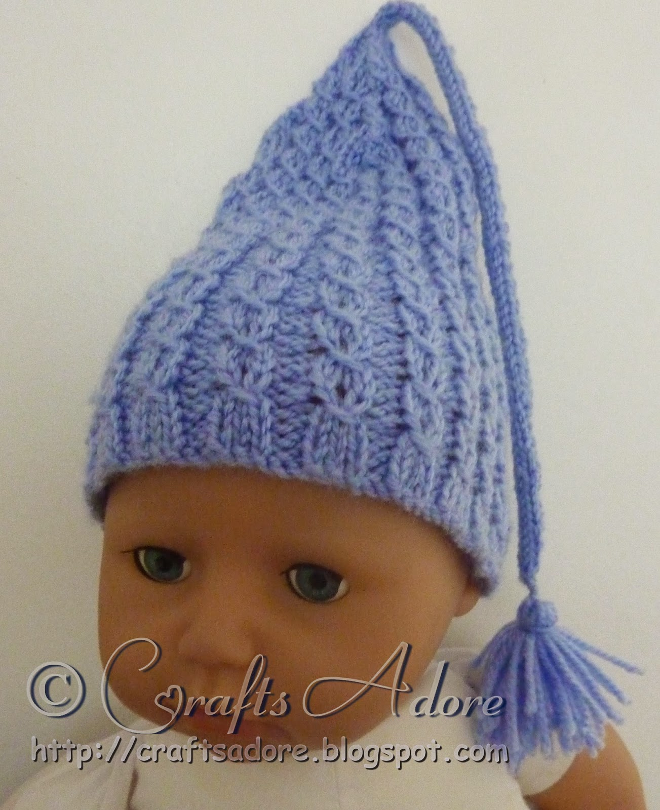 Baby Gnome Hat Knitting Pattern : CraftsAdore: Knitted Baby Hat - Incredible Expanding Gnome Cap