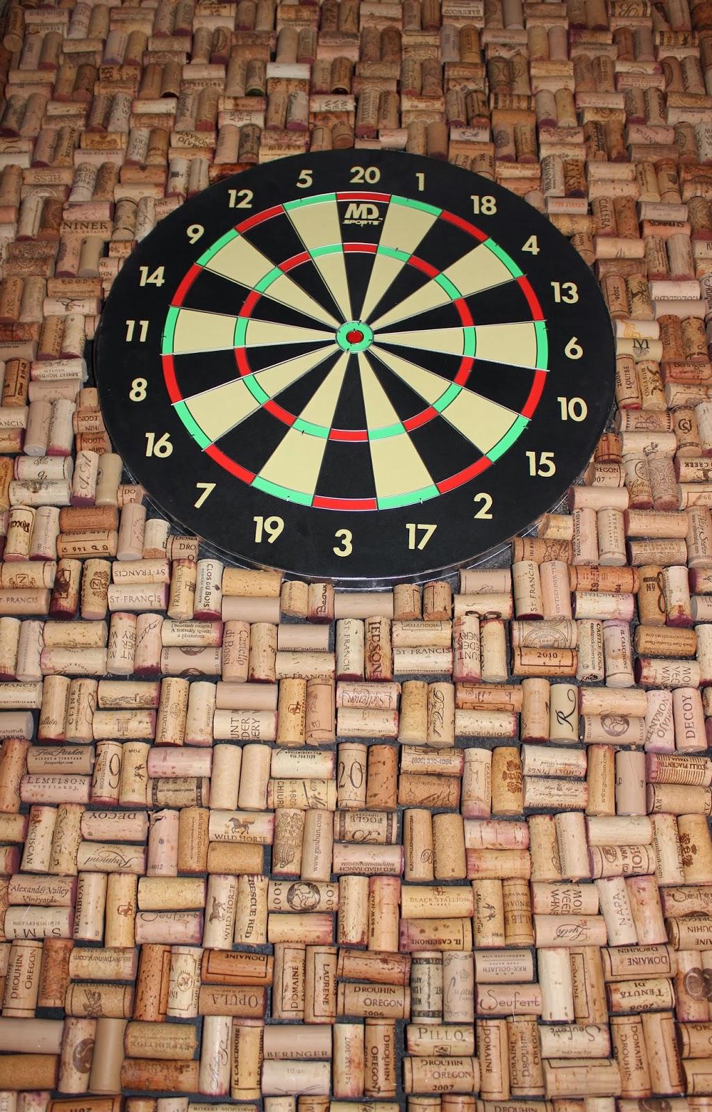 Tice's Tidbits: DIY...Wine Cork Dart Board