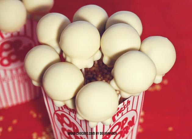 Cakepops en forma de palomita - noche de cine