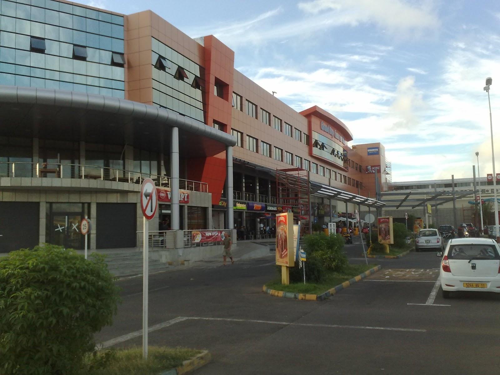 Flacq Shopping Mall Food Court