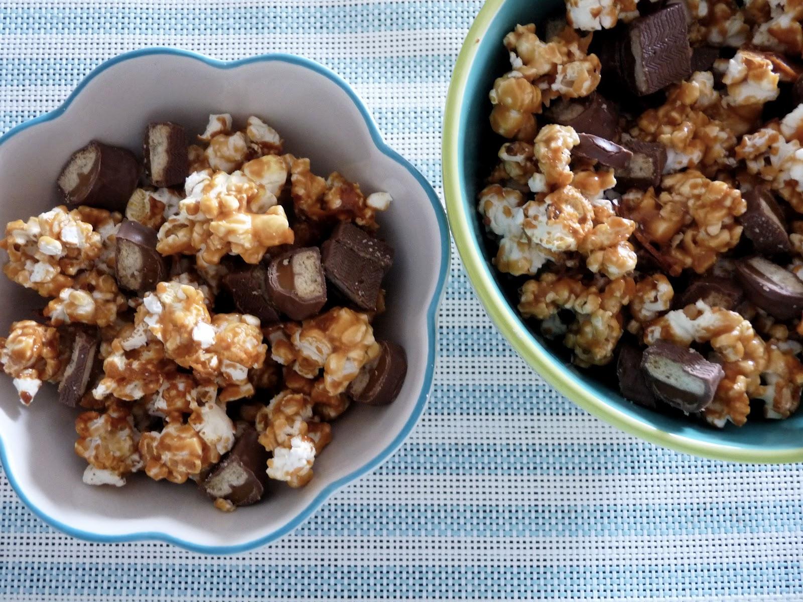 caramel twix popcorn