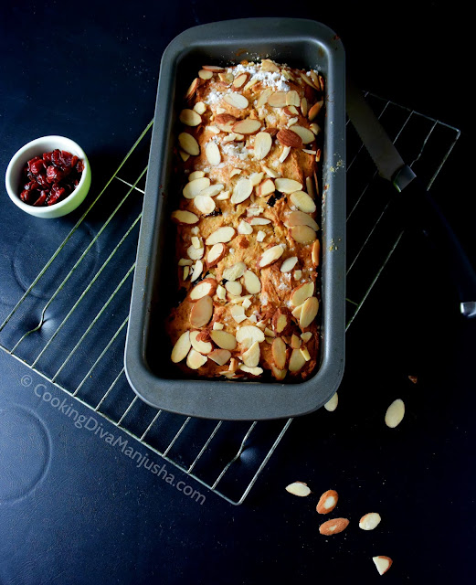 bread-almonds-cranberries