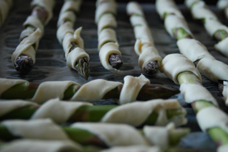 asparagi cotti al forno con pasta sfoglia