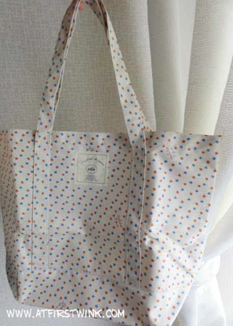 Gelato pique tote bag freebie with More magazine