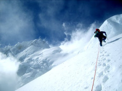 Top 10 Dangerous Mountains to climb