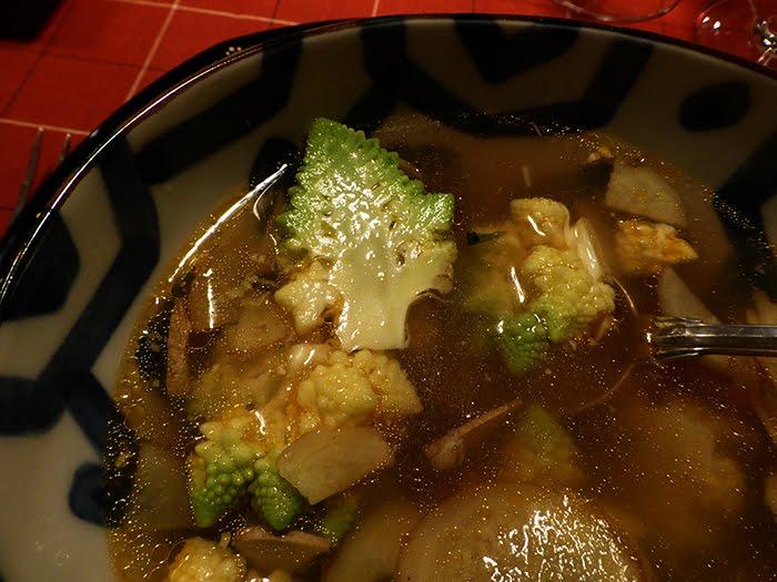 Brodetto di spigola allo zenzero con broccolo romano