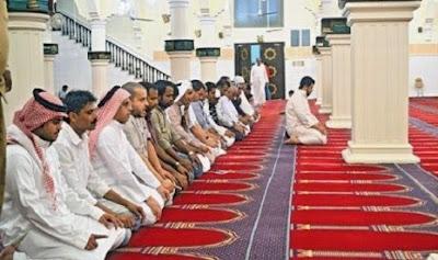 Pahala dan Keutamaan Shalat Berjamaah di Masjid