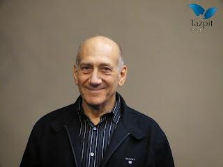 Ex-primeiro ministro de Israel Ehud Olmert é condenado a 8 meses de prisão