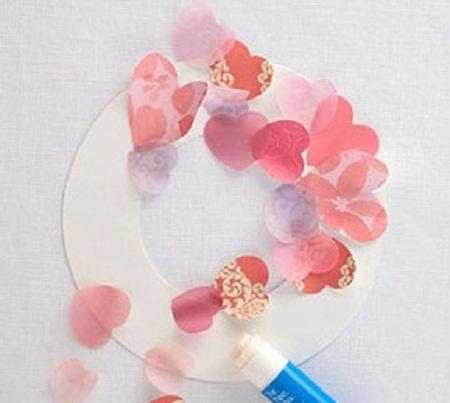 Como hacer una corona de corazones para san valentin manualidades faciles - Manualidades para hacer en san valentin ...