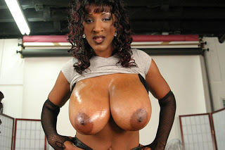 Africa Sexx Busty Black babe | Sexy Naked Girls: ercmhanson2008.blogspot.com/2012/10/africa-sexx-busty-black-babe.html