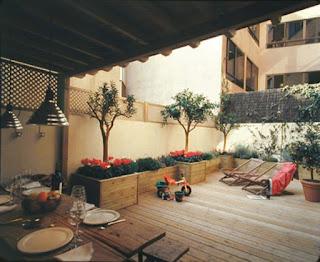 Colocación de suelos de madera para exteriores