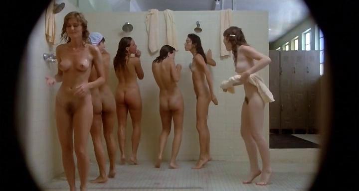 kiimapillu nainen suihkussa