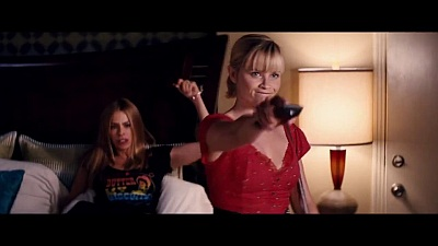 Hot Pursuit (2015 / Movie) - Trailer - Screenshot