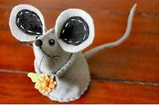 Cara Membuat Kerajinan Tangan Unik, Tikus Flanel Lucu