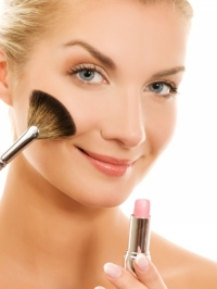 Clever Makeup Tricks for a Glam Look