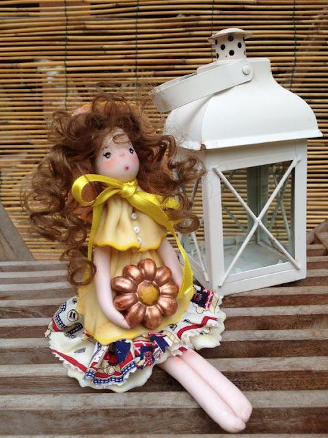 bambola mais con fiore gesso  bambola di mais bambole di mais