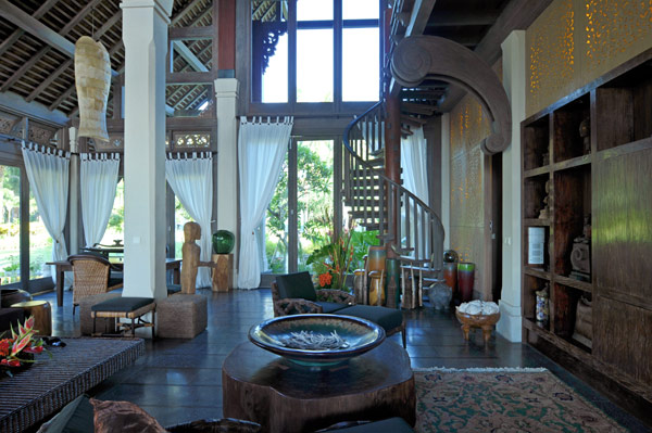 Jasri beach villas the lush jungle of east bali amazing for Beach villa design ideas