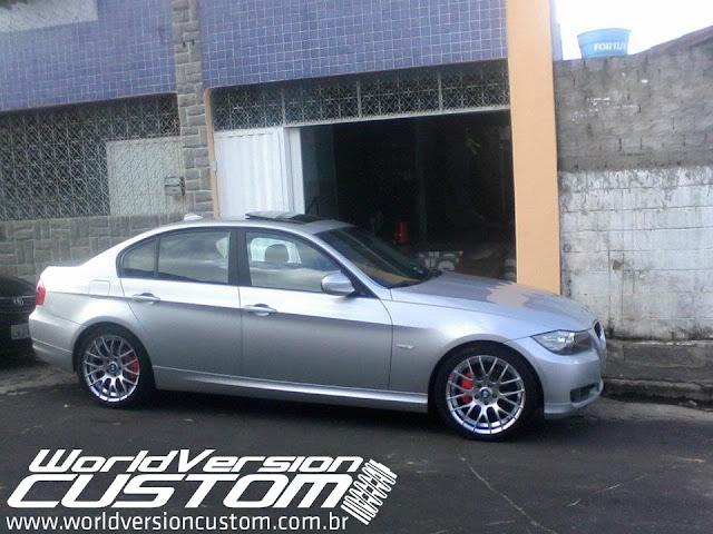 """BMW 320i 2009 com rodas aro 18"""""""