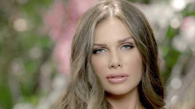 بالفيديو.. نيكول سابا تكشف عن عدد عمليات التجميل التي خضعت لها