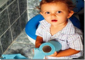 Altını ıslatan çocuklar böbrek hastası olabilir çocuklarda